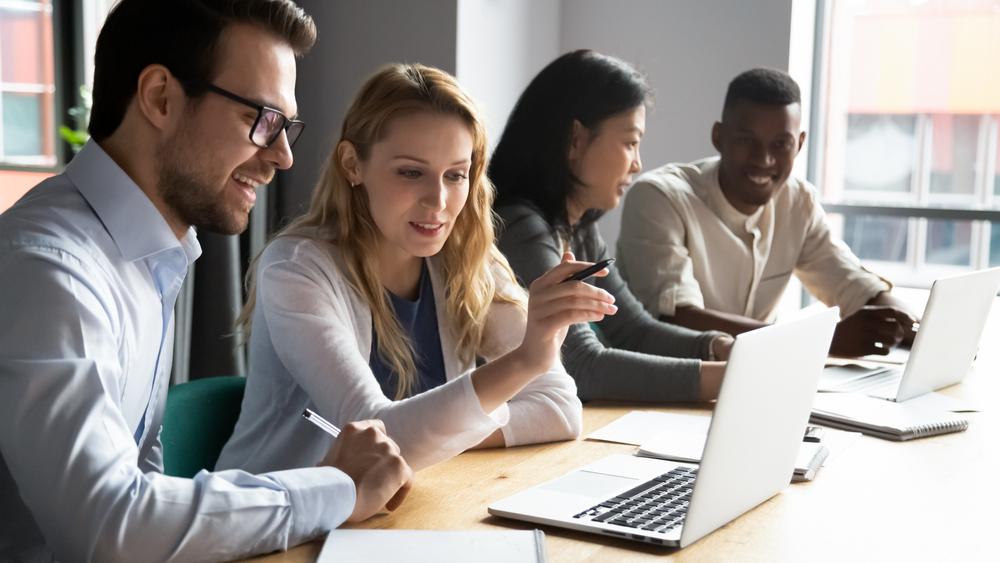 Descubre cómo bonificar tu formación corporativa a través de FUNDAE